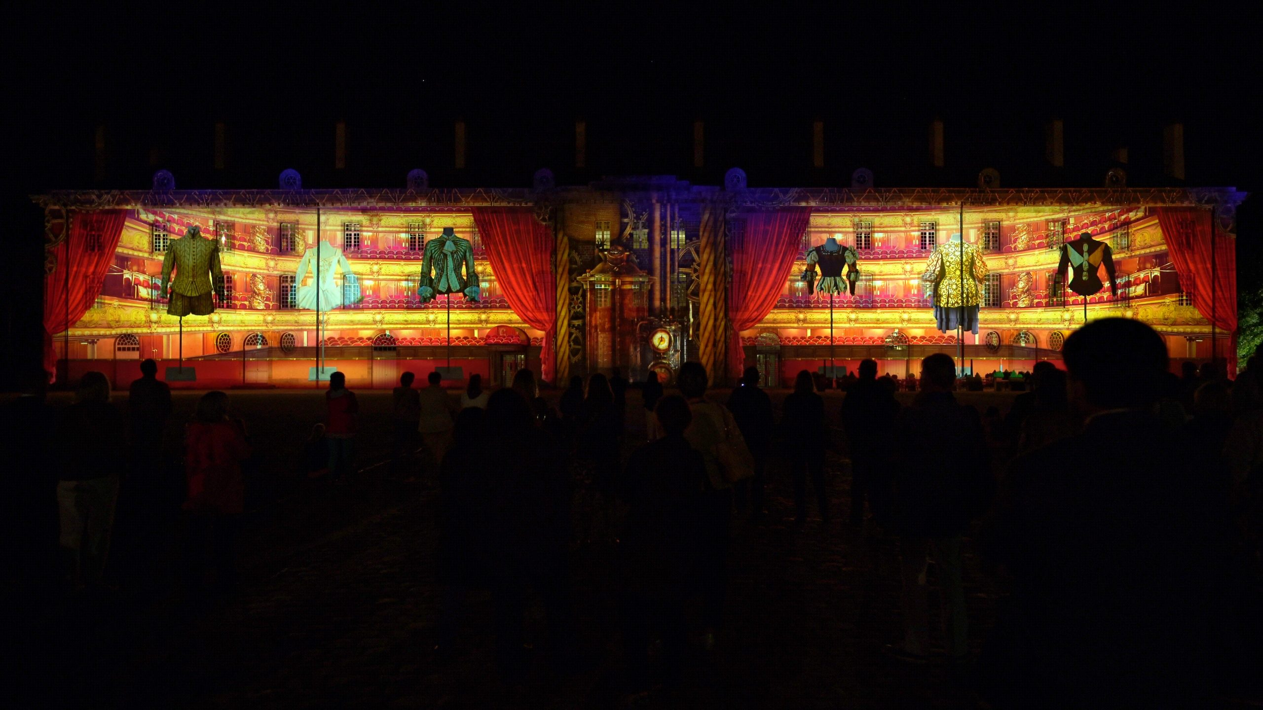 A sound and light show for Moulins